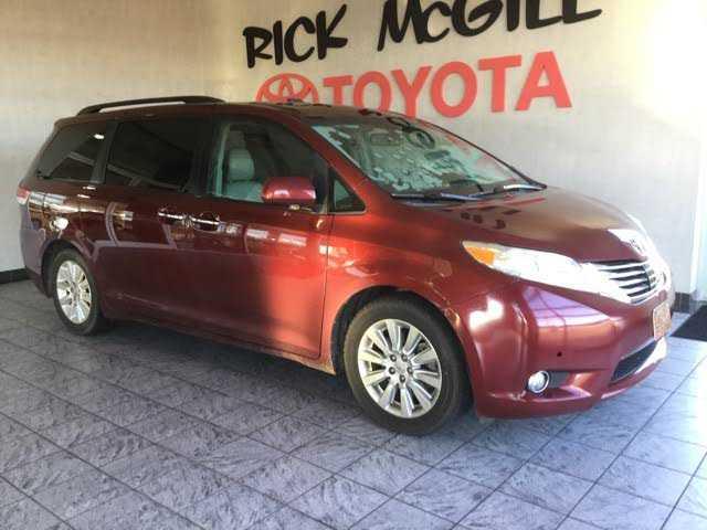 Toyota Sienna 2011 $13995.00 incacar.com