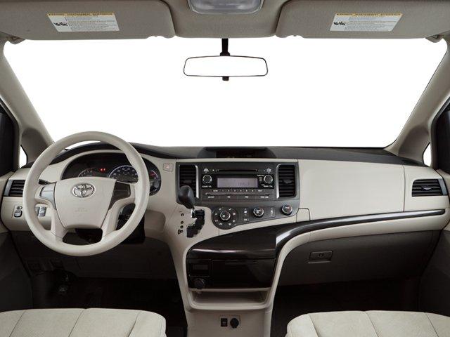 Toyota Sienna 2011 $11766.00 incacar.com