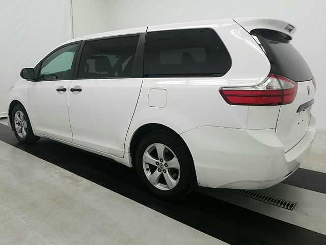 Toyota Sienna 2015 $11495.00 incacar.com