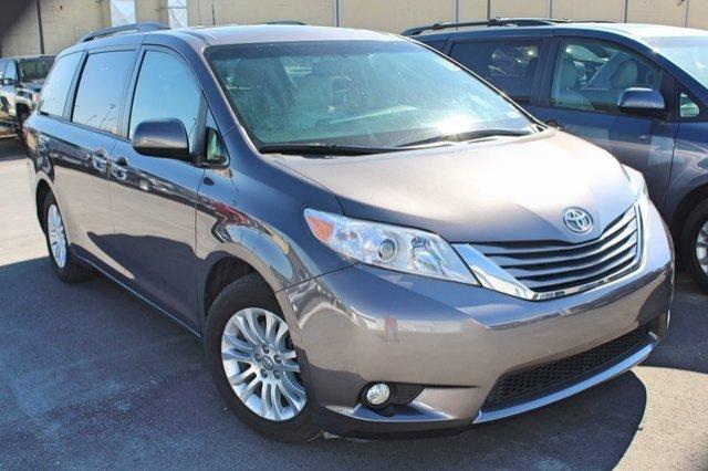 Toyota Sienna 2015 $23600.00 incacar.com