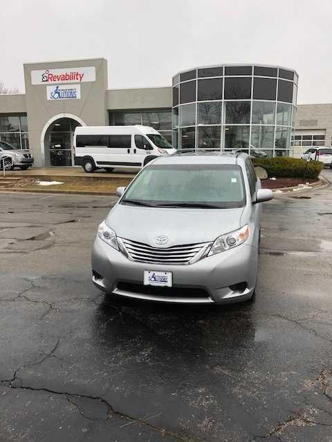 Toyota Sienna 2016 $43598.00 incacar.com