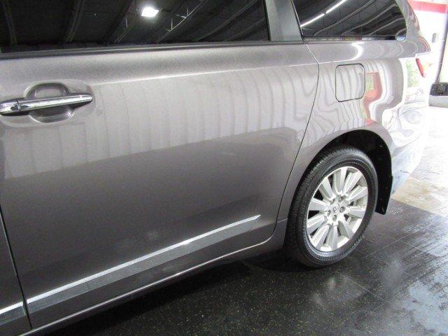 Toyota Sienna 2017 $32244.00 incacar.com