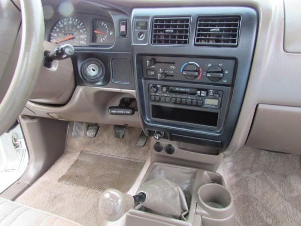 Toyota Tacoma 1998 $3995.00 incacar.com