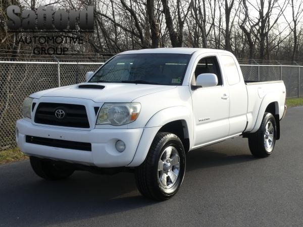 Toyota Tacoma 2006 $8900.00 incacar.com