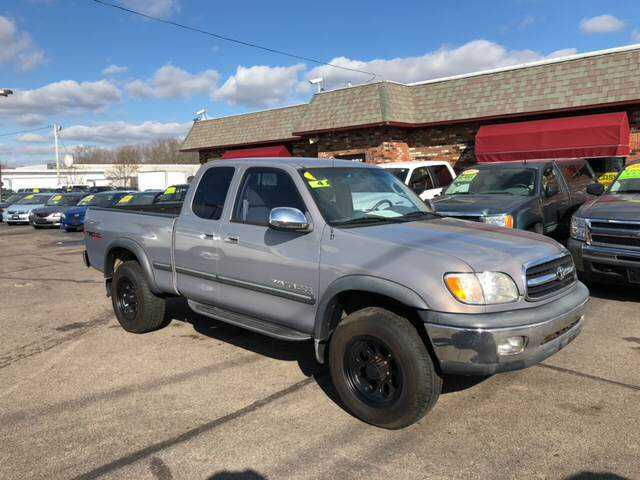 Toyota Tundra 2000 $8990.00 incacar.com