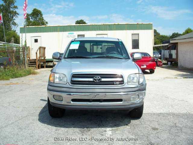 Toyota Tundra 2000 $6995.00 incacar.com