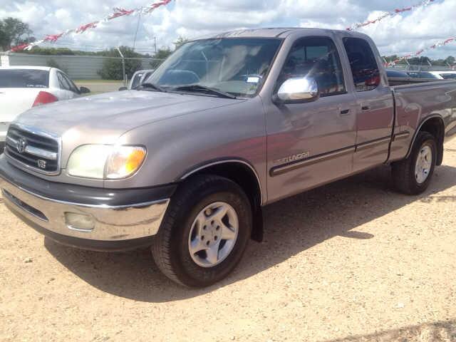 Toyota Tundra 2001 $4800.00 incacar.com
