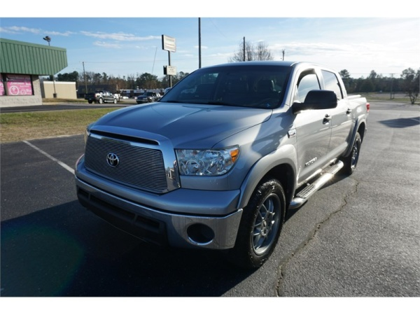 Toyota Tundra 2011 $14995.00 incacar.com