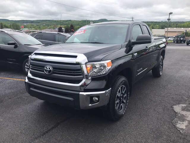 Toyota Tundra 2014 $32995.00 incacar.com