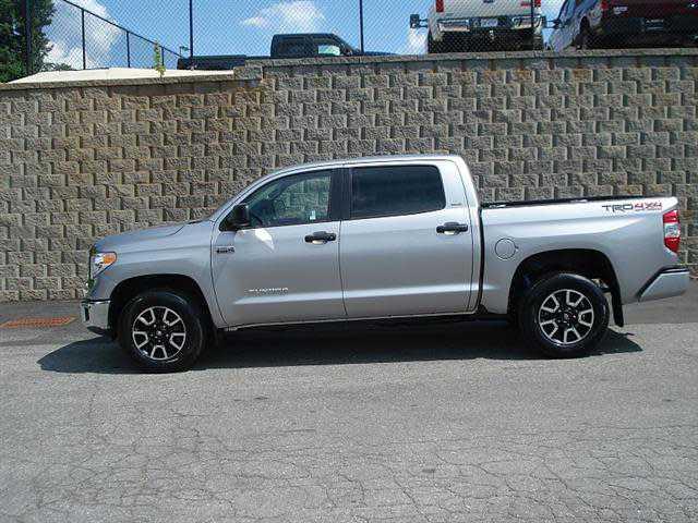 Toyota Tundra 2016 $29987.00 incacar.com