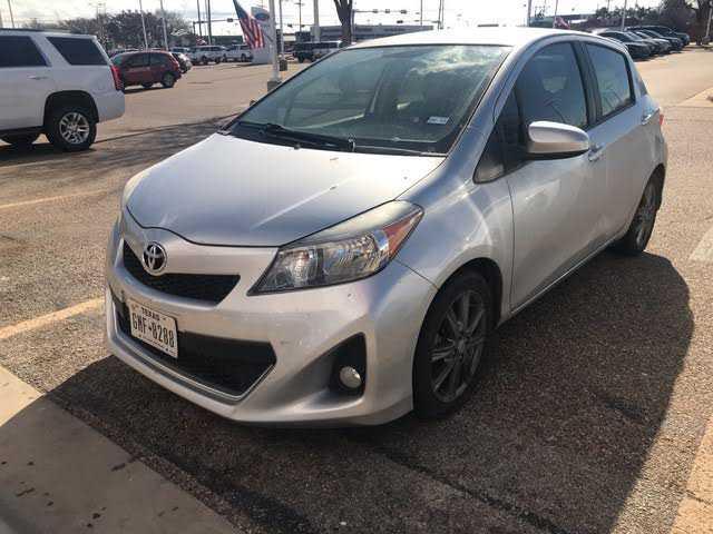 Toyota Yaris 2012 $10468.00 incacar.com