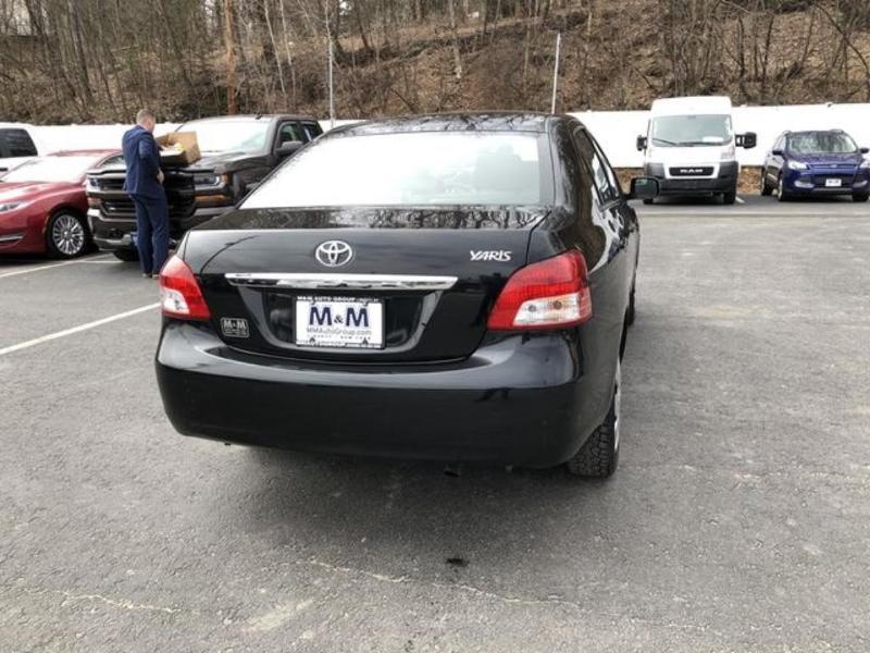 Toyota Yaris 2012 $6995.00 incacar.com