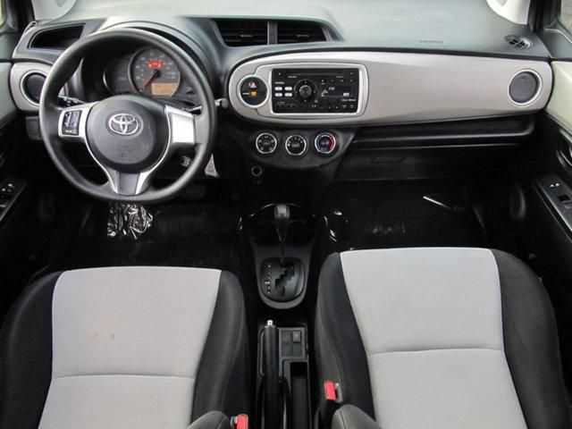 Toyota Yaris 2013 $6995.00 incacar.com