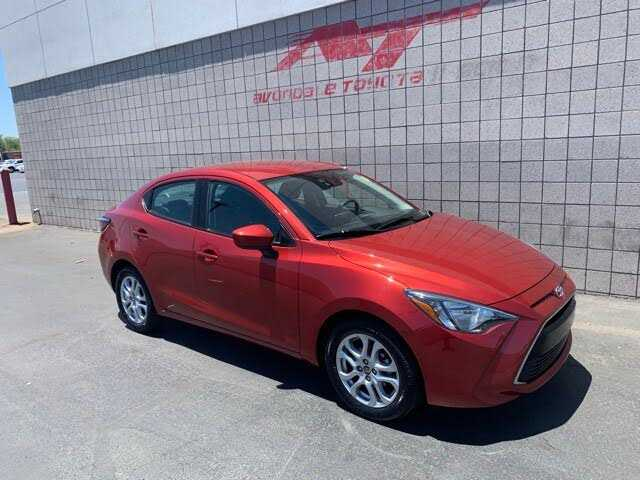 Toyota Yaris 2017 $13981.00 incacar.com