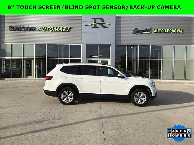 used Volkswagen Atlas 2018 vin: 1V2CR2CA0JC560537