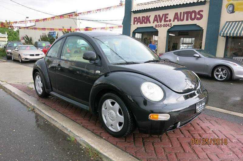 Volkswagen Beetle 2000 $2995.00 incacar.com