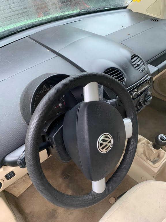 Volkswagen Beetle 2002 $1899.00 incacar.com