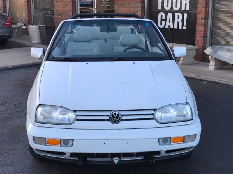 Volkswagen Cabriolet 1999 $2500.00 incacar.com