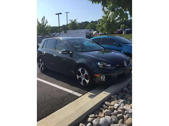 Volkswagen Golf GTI 2011 $13875.00 incacar.com
