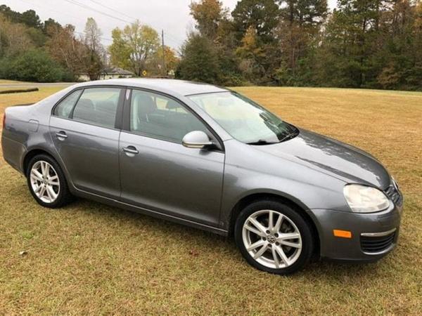 Volkswagen Jetta 2010 $3900.00 incacar.com