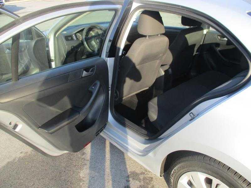 used Volkswagen Jetta 2014 vin: 3VW1K7AJ4EM391413