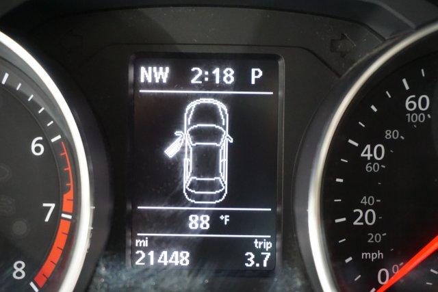 used Volkswagen Jetta 2016 vin: 3VWL17AJ0GM356818