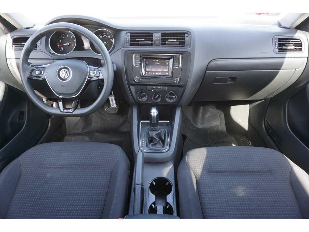 Volkswagen Jetta 2016 $7800.00 incacar.com