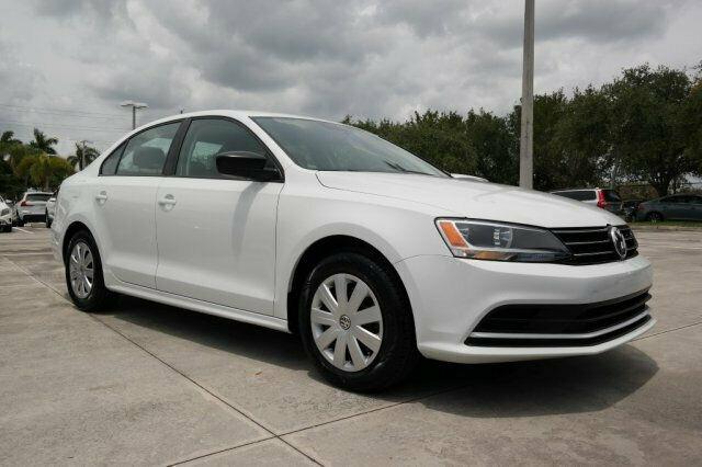 Volkswagen Jetta 2016 $11977.00 incacar.com