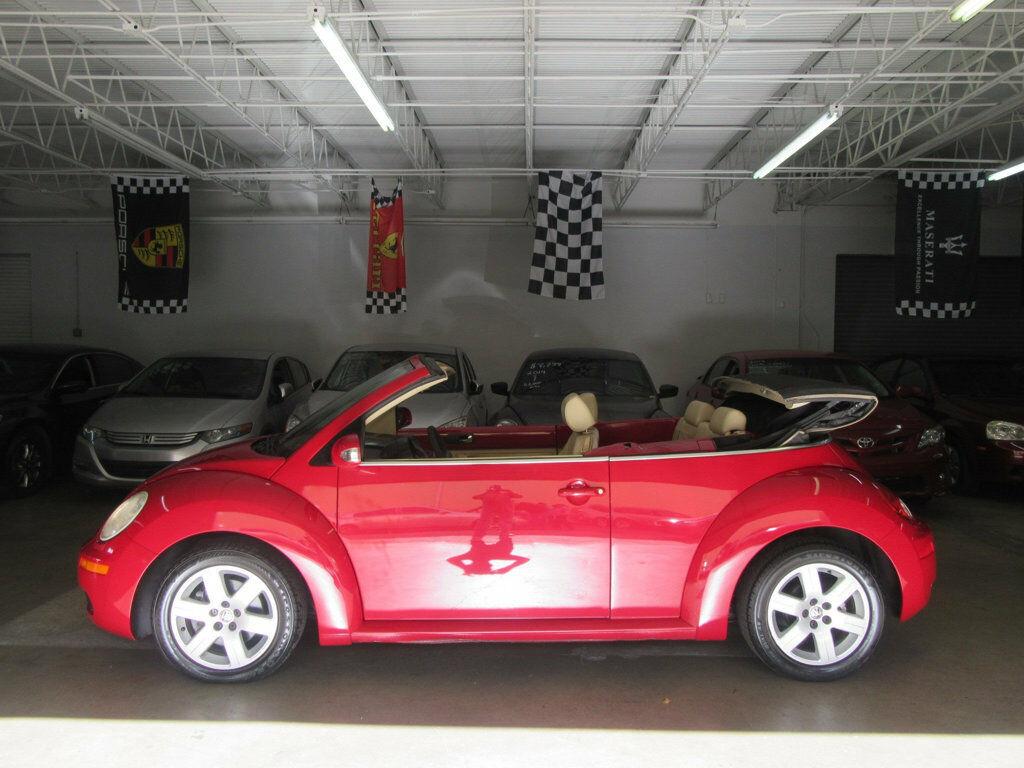 Volkswagen New Beetle 2007 $6999.00 incacar.com