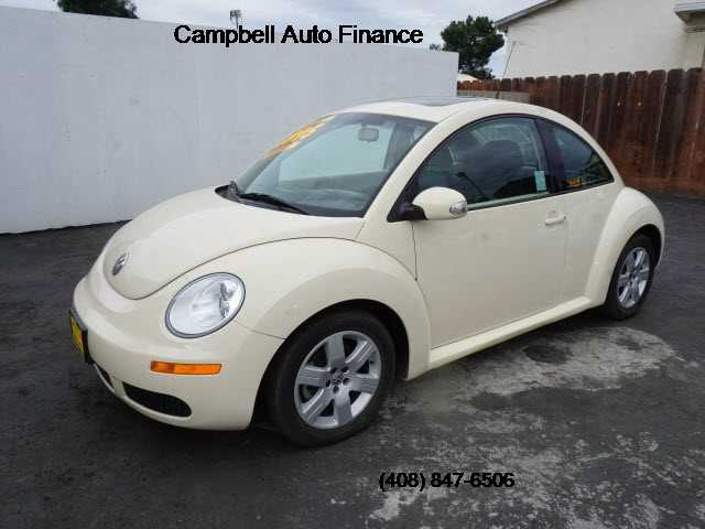 Volkswagen New Beetle 2007 $4995.00 incacar.com