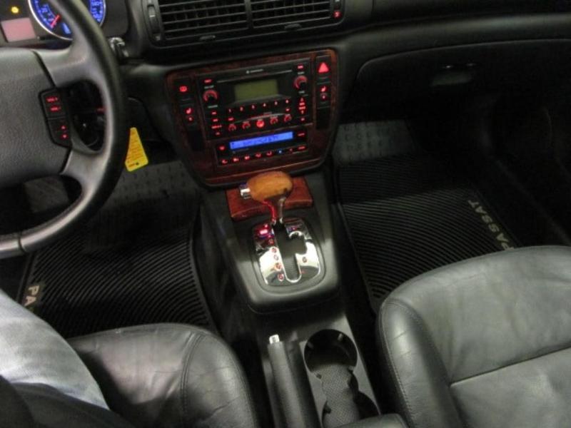 Volkswagen Passat 2002 $3998.00 incacar.com