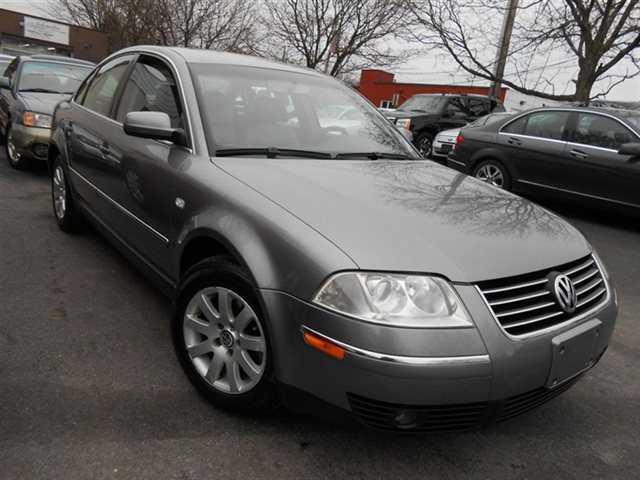 Volkswagen Passat 2003 $4795.00 incacar.com