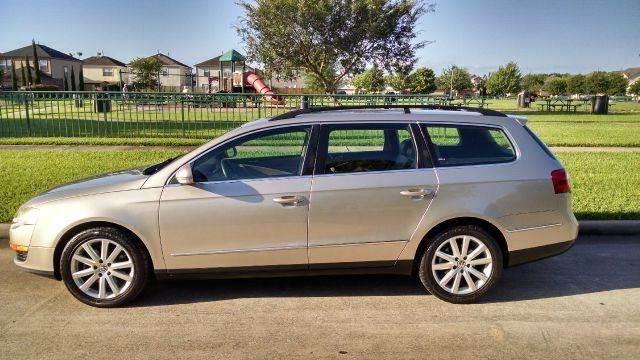 Volkswagen Passat 2007 $5400.00 incacar.com