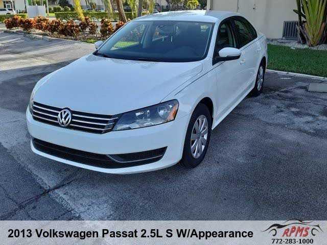 Volkswagen Passat 2013 $3689.00 incacar.com