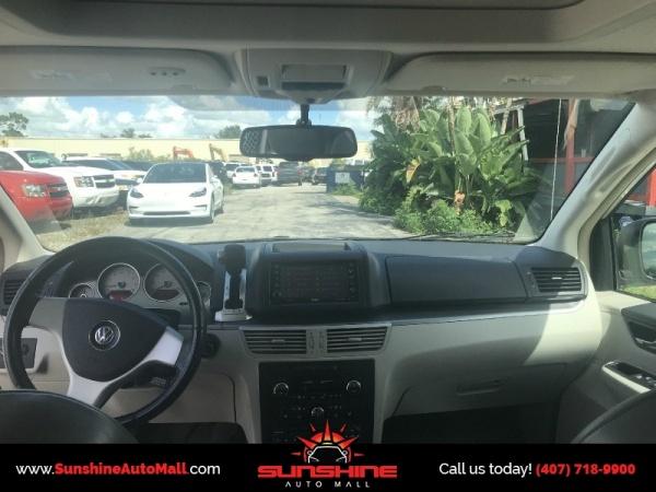 Volkswagen Routan 2010 $4900.00 incacar.com