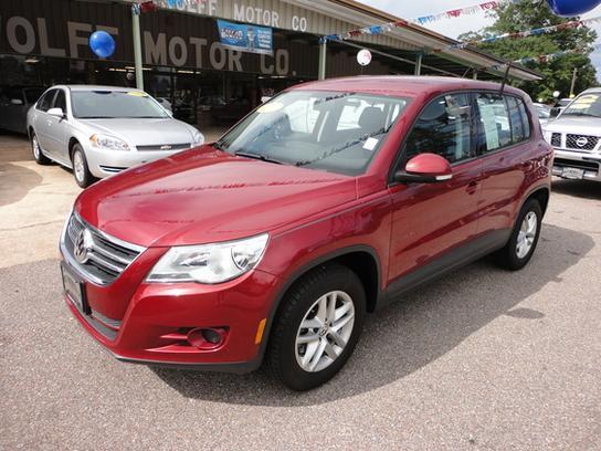 Volkswagen Tiguan 2011 $15992.00 incacar.com