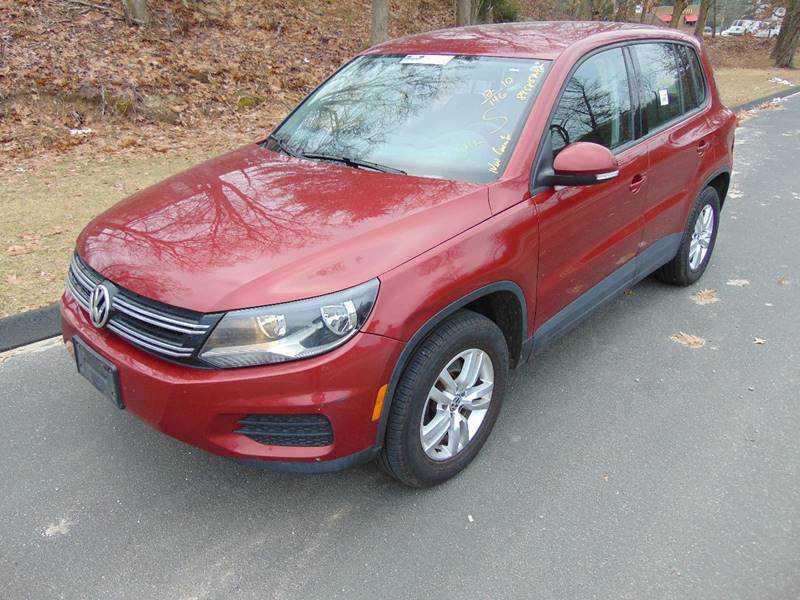 Volkswagen Tiguan 2012 $9995.00 incacar.com