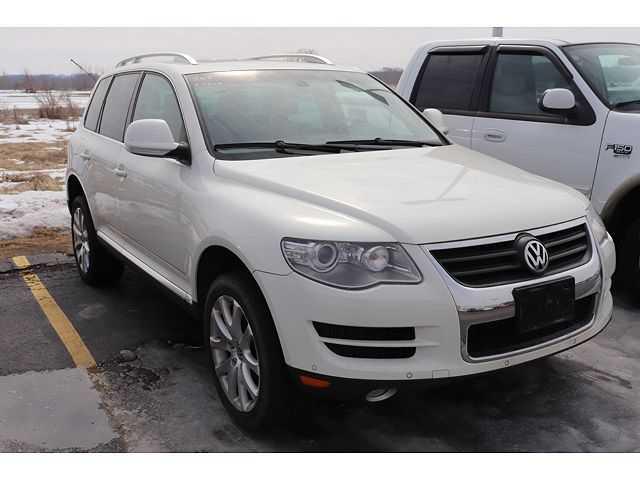 Volkswagen Touareg 2009 $13988.00 incacar.com