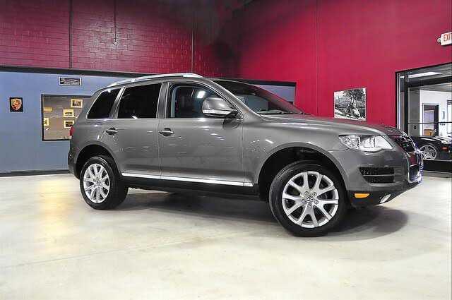 Volkswagen Touareg 2010 $12990.00 incacar.com