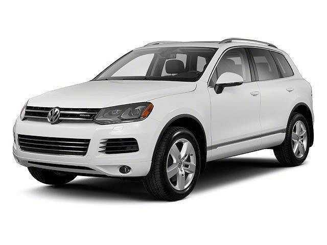 Volkswagen Touareg 2012 $5250.00 incacar.com