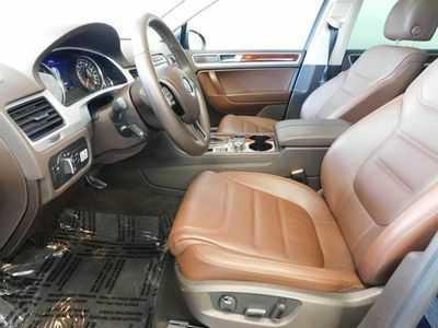 Volkswagen Touareg 2013 $20588.00 incacar.com