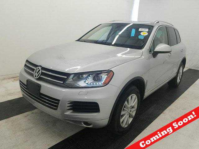 Volkswagen Touareg 2013 $23999.00 incacar.com