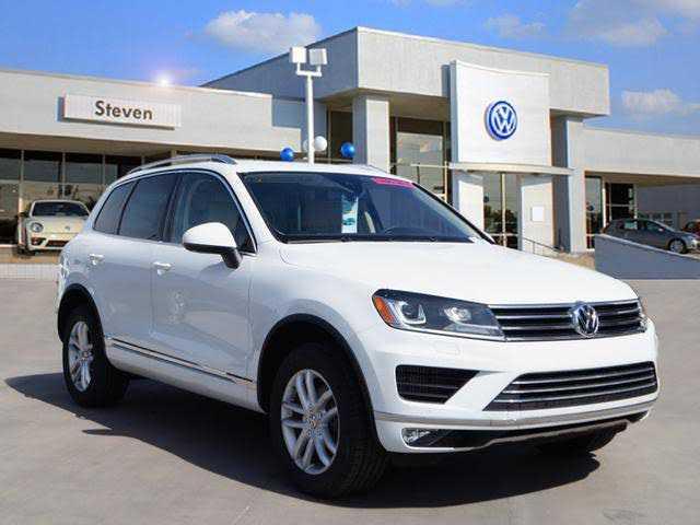 Volkswagen Touareg 2016 $42750.00 incacar.com