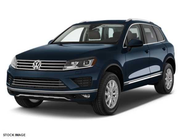 Volkswagen Touareg 2017 $42988.00 incacar.com