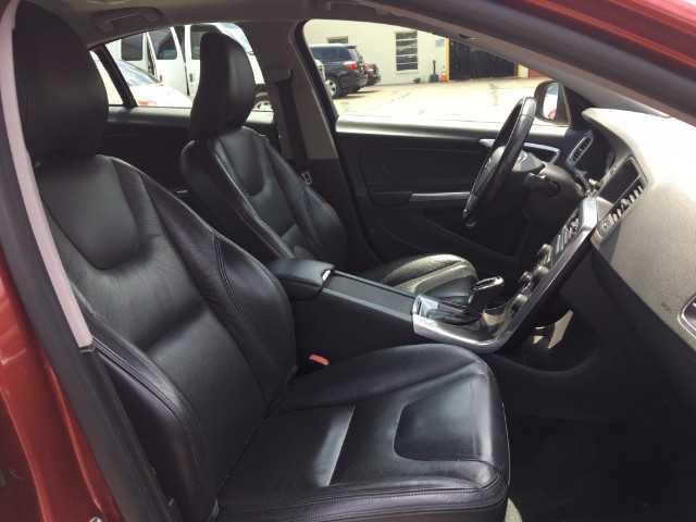 Volvo S60 2014 $13495.00 incacar.com