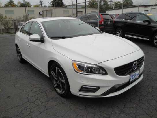 Volvo S60 2015 $26900.00 incacar.com