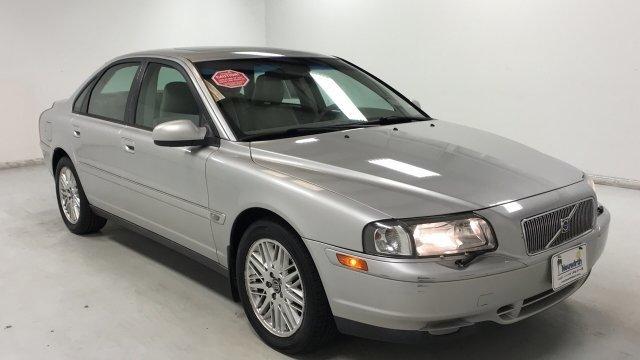 Volvo S80 2003 $4000.00 incacar.com