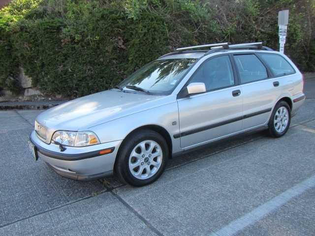 Volvo V40 2000 $2199.00 incacar.com