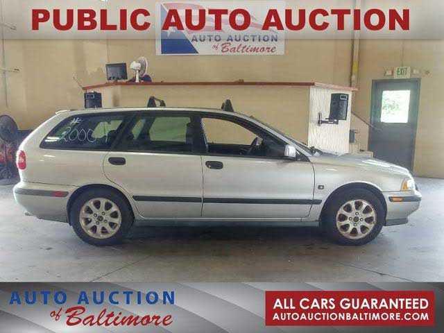 Volvo V40 2000 $1400.00 incacar.com