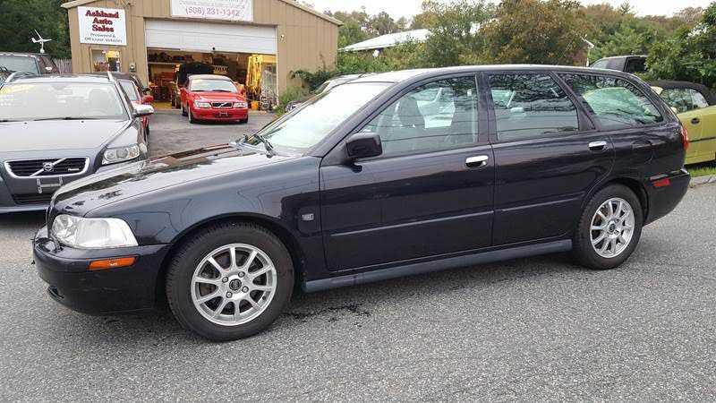 Volvo V40 2003 $3995.00 incacar.com